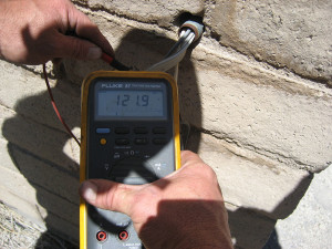 Voltage Testing with a Fluke Multimeter
